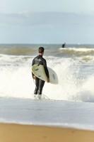 Faire du surf sur les plages de Vendée