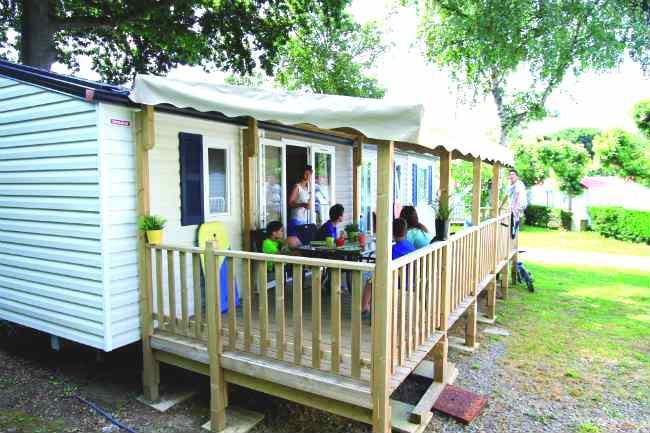 mobil home 8 personnes en vend e camping les pirons 4 toiles sables d 39 olonne. Black Bedroom Furniture Sets. Home Design Ideas